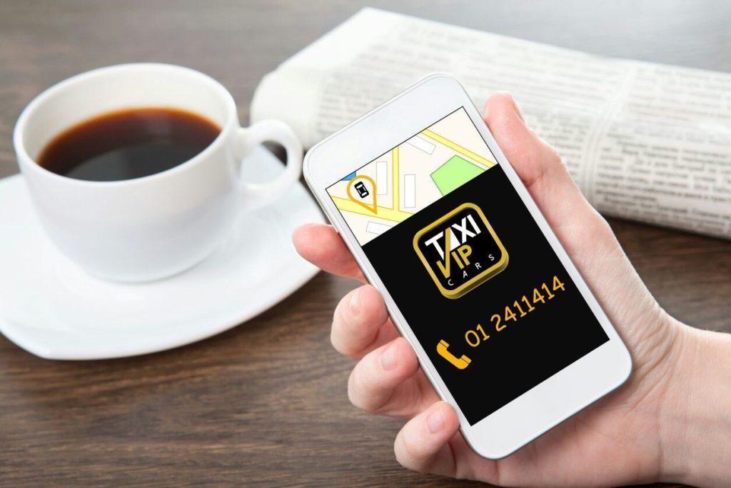 Tomando un cafe con taxi vip cars